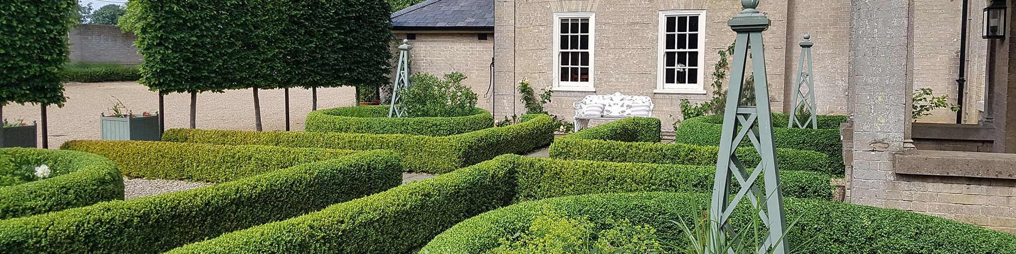 Garden and Landscaping services Essex, Suffolk and Hertfordshire
